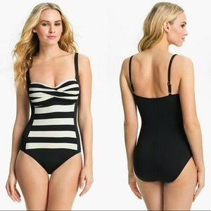 La Blanca Black & Cream Swimsuit